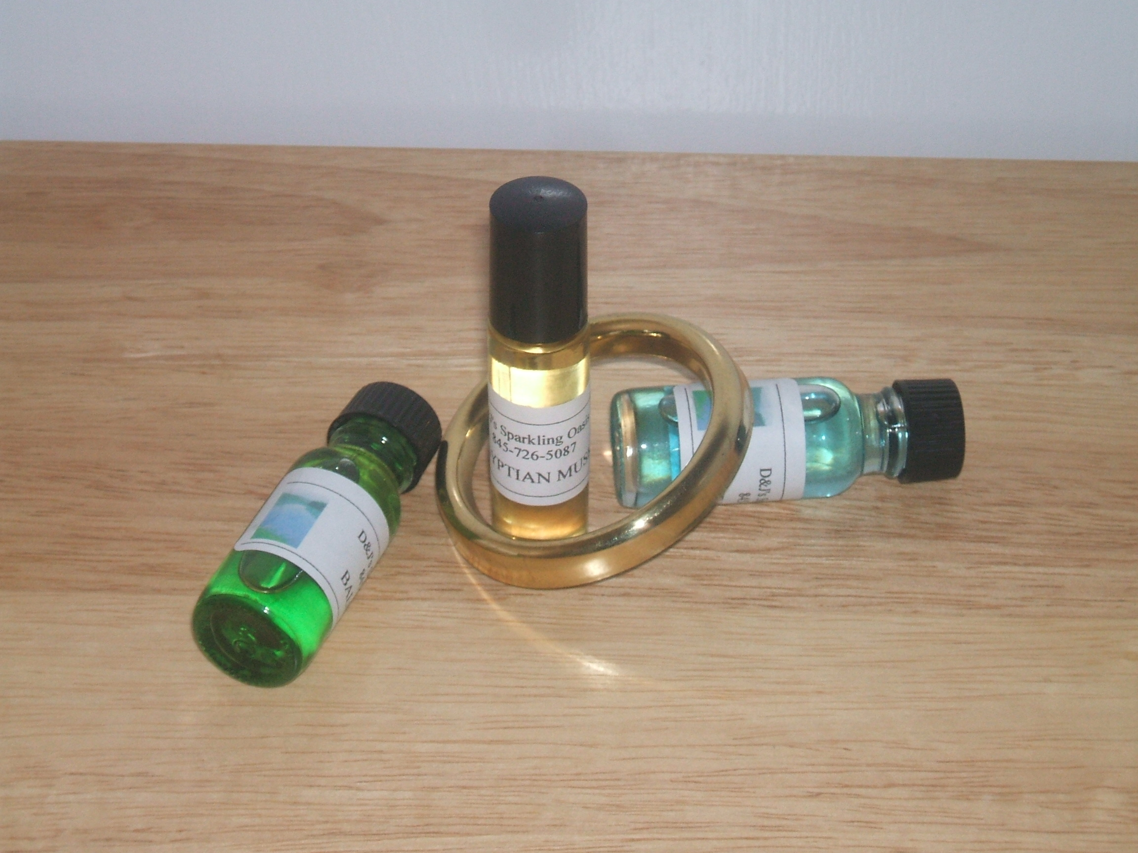 Fragrances : hand dipped incense, fragrance oils, body oils